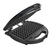 Máquina de Waffles Oster Preta 110V