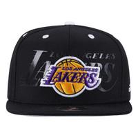 Boné Adidas Flat NBA Los Angeles Lakers Adulto Preto  47399c186e3