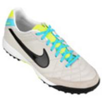 Chuteira Society Nike Tiempo Mystic 4 TF Masculina Bege e Preto com  detalhes em Verde 01d4e9430d77b
