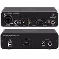 Interface de Áudio Behringer UMC22 USB