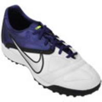 aaf3c20b429fa Chuteira Society Nike CTR360 Libretto 2 TF Masculina Branco e Roxo ...