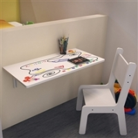 Mesa Infantil Ides Dobrável Suspensa MDF De 15 mm E Bordas Arredondadas + Cadeira Kids Branca Estampada