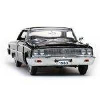 1963 Ford Galaxie 500 XL - Escala 1:18 - Sun Star